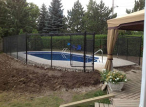 Fencing around pools for safety
